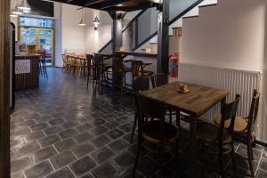Basalt tiles in interior design 6