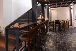 Basalt tiles in interior design 8
