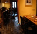 Dlaždice NIKA 250 na podlaze v restauraci