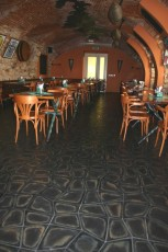 Restaurace Bredovský dvůr - dlažba Thales Alfa - skladba Babylon